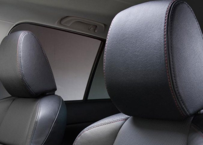 Sem classificação - Encosto de cabeça do carro pode quebrar o vidro em caso de emergência. Verdade ou Boato? - Recorra Aqui Blog