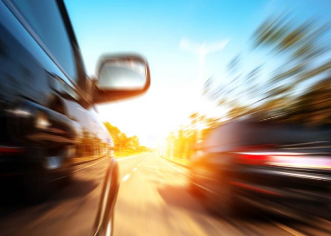 suspensão da CNH - Forçar passagem entre veículos gera suspensão da CNH - Recorra Aqui Blog