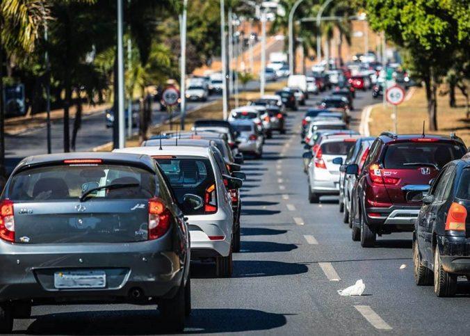 automóvel - Projeto quer multas de trânsito de até R$ 40 mil, conforme renda do infrator - Recorra Aqui Blog
