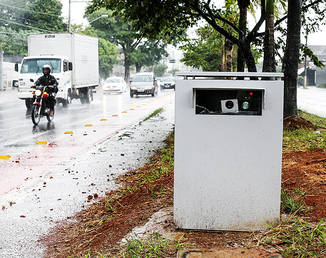 Dicas - Você Sabia? Radares móveis escondidos são proibidos - Recorra Aqui Blog