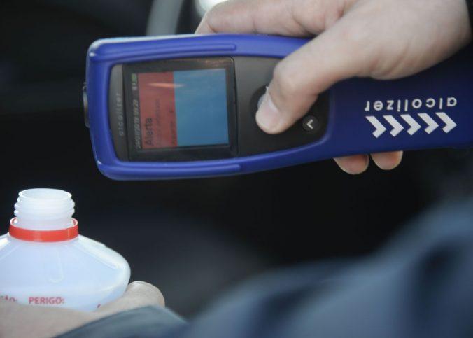 lei seca - Polícia Rodoviária começa a usar bafômetro que identifica álcool por aproximação - Recorra Aqui - Multas e CNH - lei seca