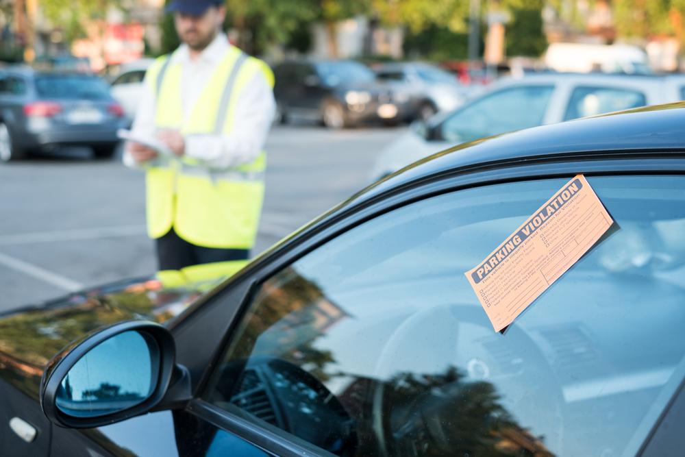 Quais erros no auto de infração invalidam a multa?