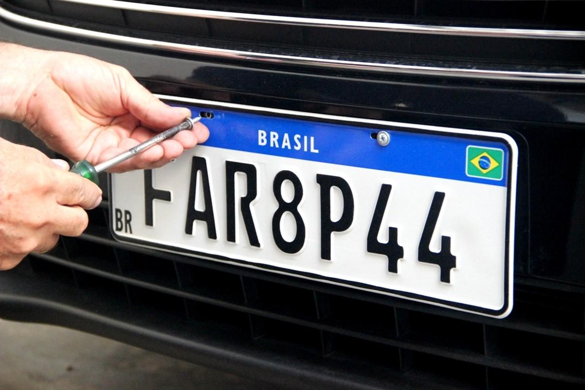 Notícias - Carro novo pode rodar sem placa e não será multado durante quarentena - Recorra Aqui Blog