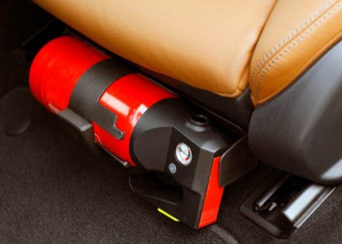 5 itens que você costuma ignorar e rendem multa e remoção do seu carro