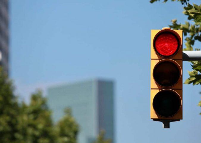 Infrações que derrubam novo limite e provocam a suspensão da CNH