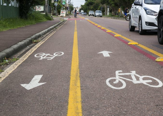 Novo Código prevê multas para quem parar em ciclovia